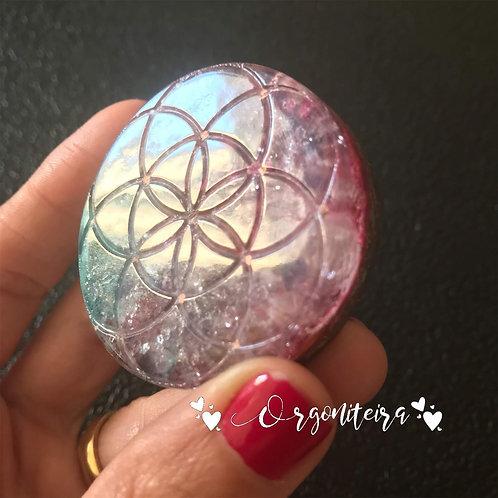 Medalhão ou amuleto orgonite Semente da vida Ametista