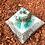Orgonite Pirâmide Média Queóps Amazonita com Quartzo rosa