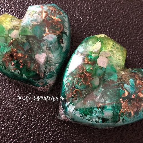Orgonite Coração 3D Esmeralda