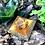 Orgonite Pirâmide Mini Queóps Citrino