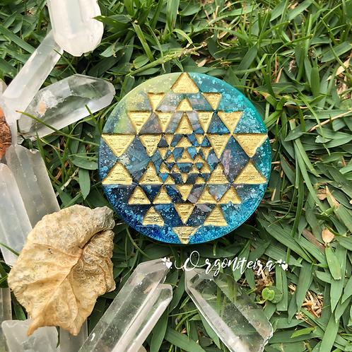 Orgonite Medalhão ou amuleto Sri Yantra Cianita Azul