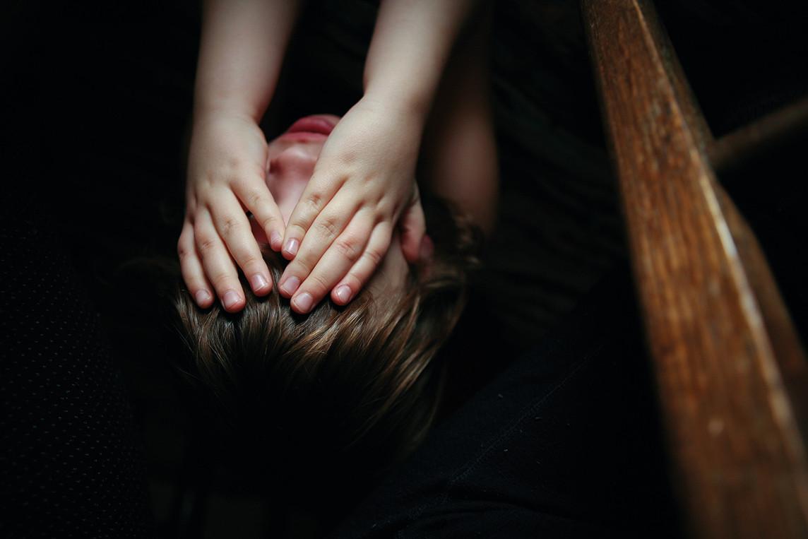 human behavior -Child covering her eyes-72.jpg