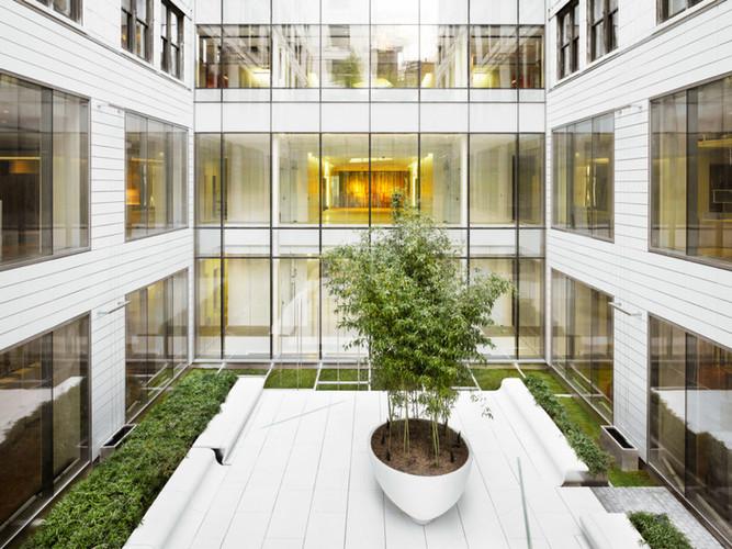 200 Fifth Avenue_Exterior (Courtyard-2).