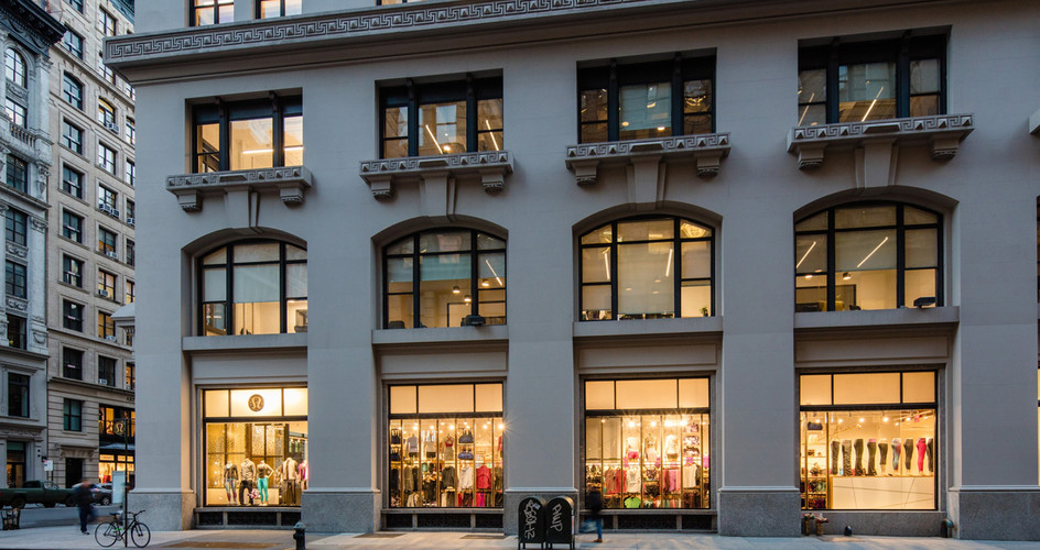 114 Fifth Avenue_Exterior (Storefront-2)