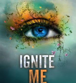 Book Review: IGNITE ME by Tahereh Mafi