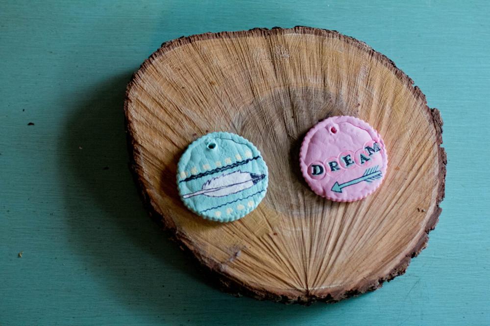 public-domain-images-free-stock-photos-craft-arrow-feather-pastel-dream