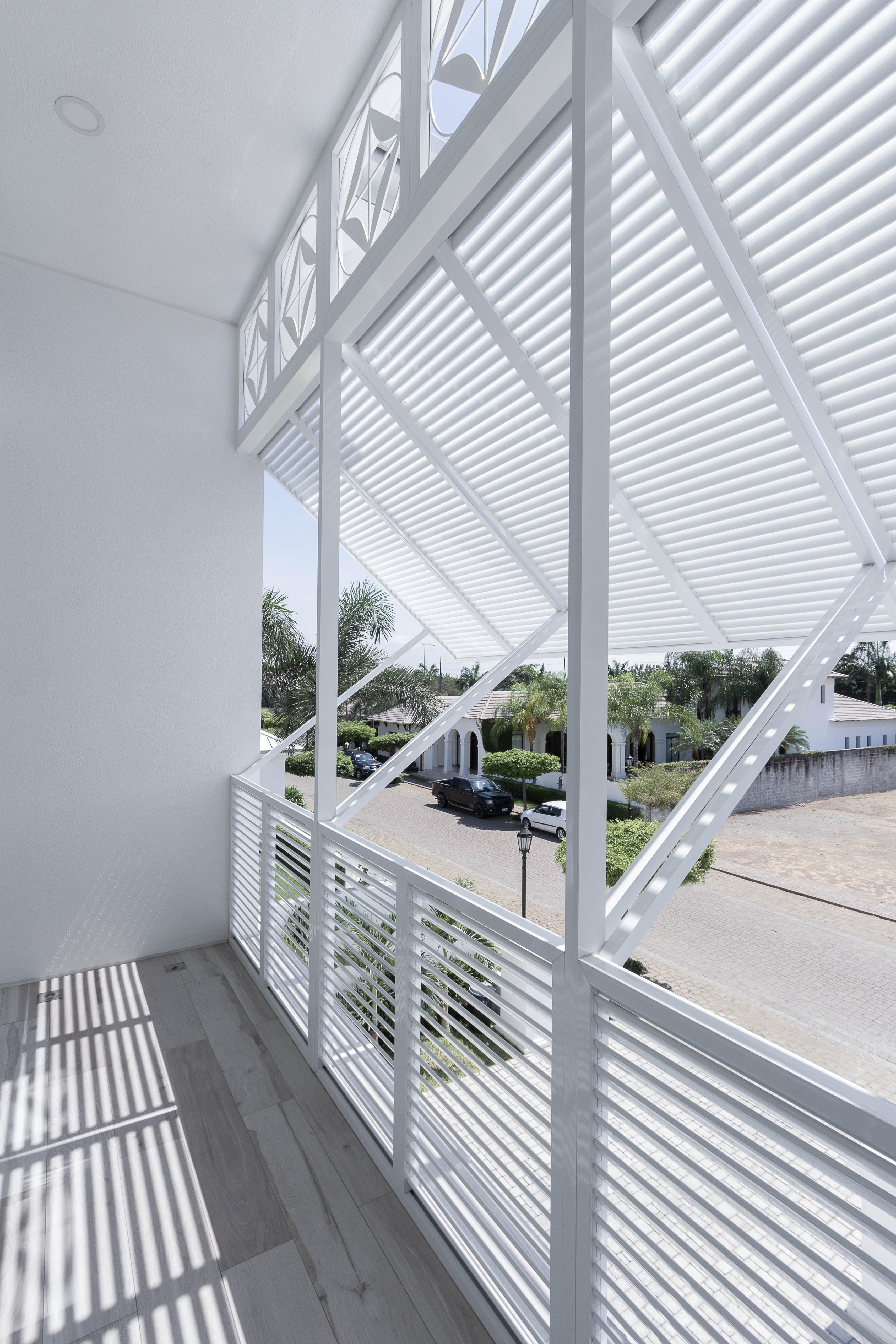 Ventana y puerta de aluminio y vidrio window world 65