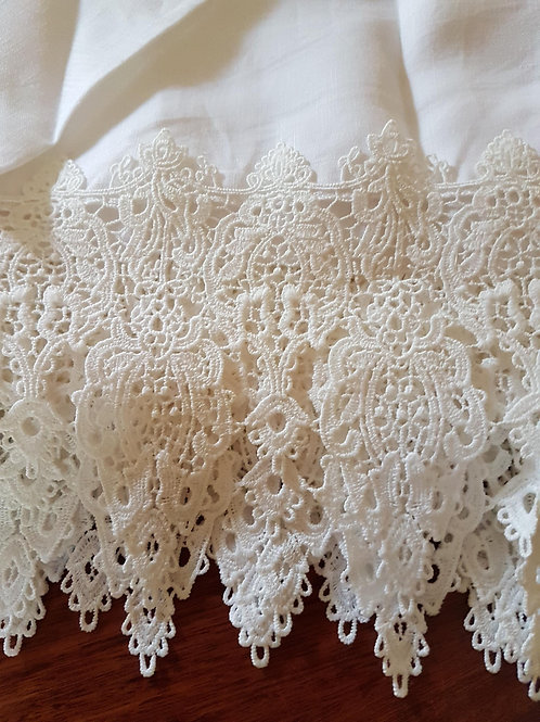 LACE WRAP AND PILLOWCASE SETS