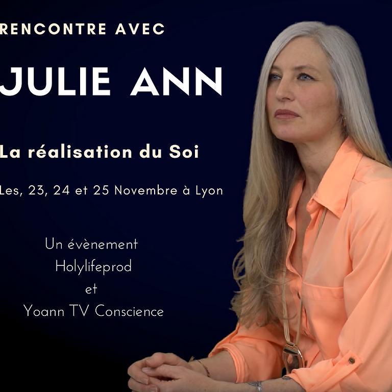 Rencontre avec Julie Ann,