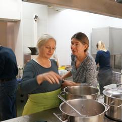 Kochen in der Gassenküche Netz 4 Zürich