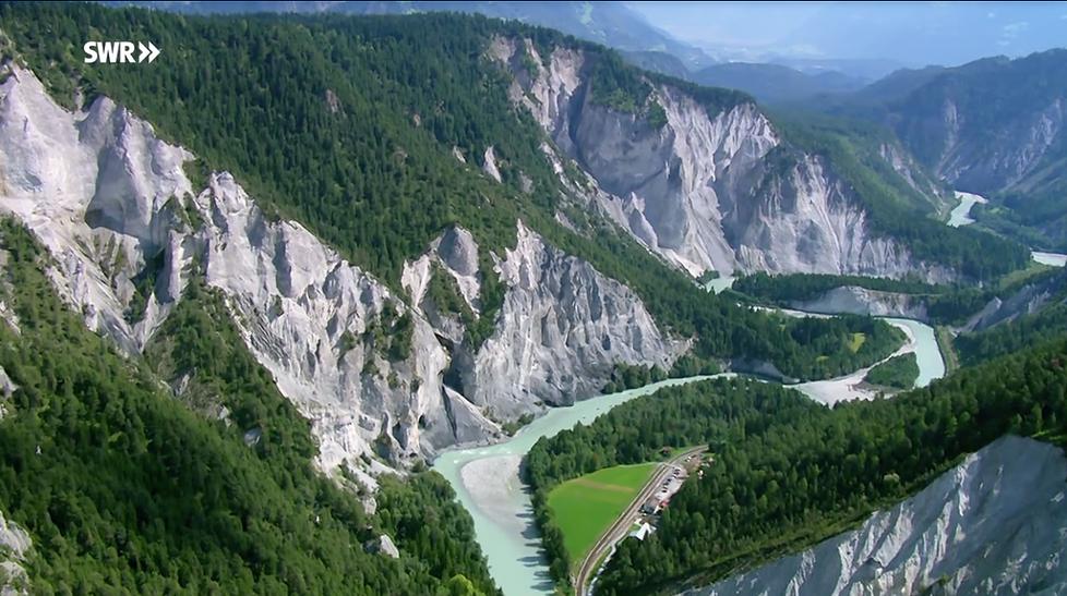 Schweiz von oben.png