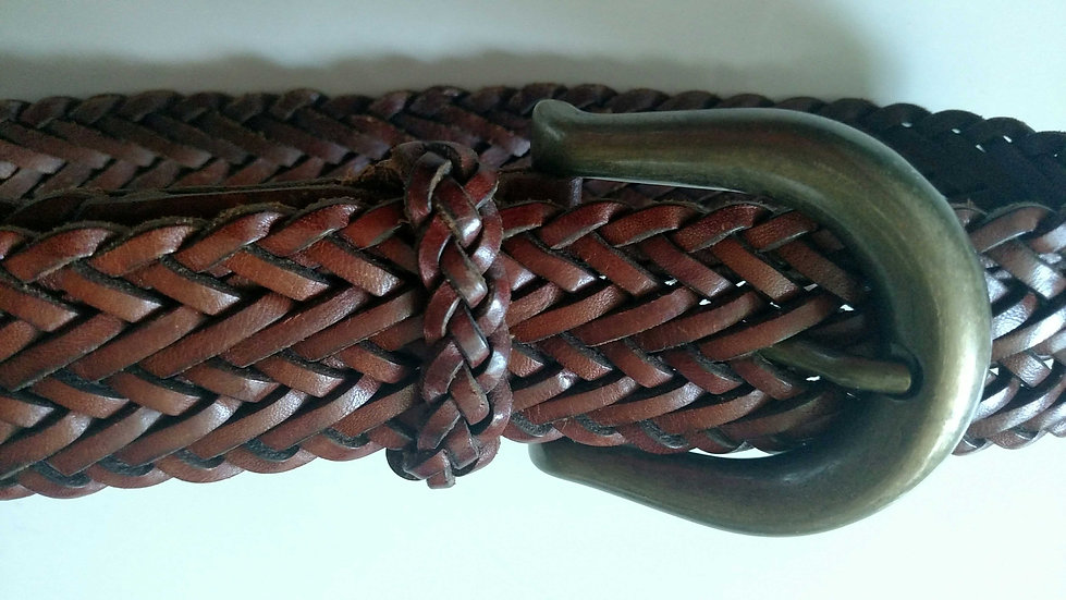 Brwn leather woven belt with brass buckle