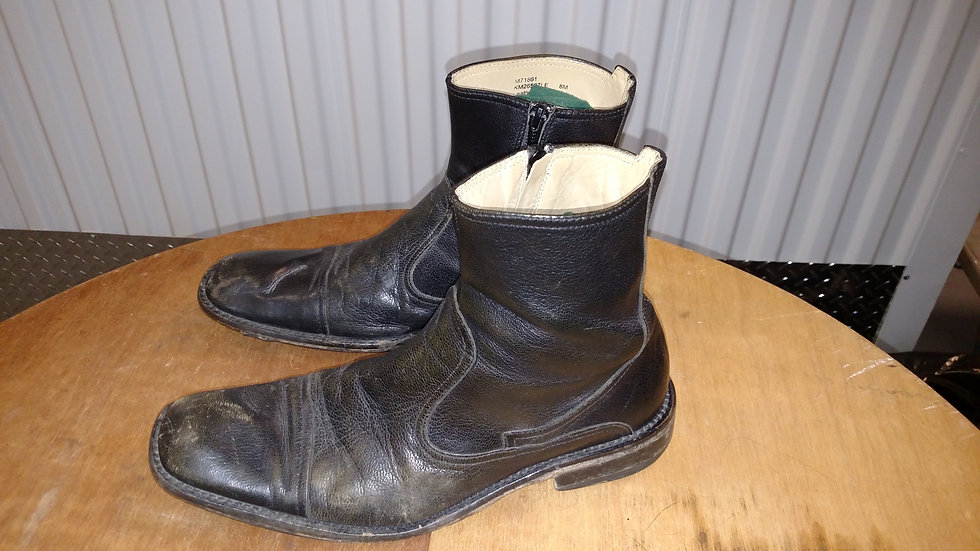 Kenneth Cole Black leather Beatle Boot size 10