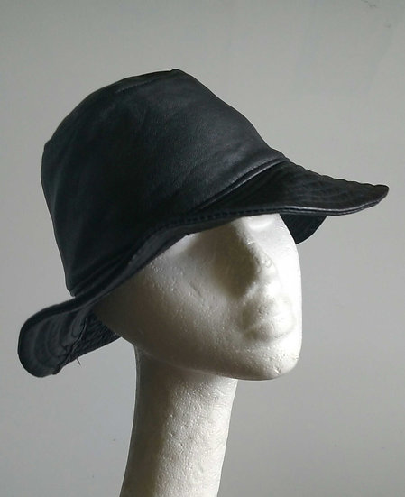 Leather hat made in Italy 1989 backstock