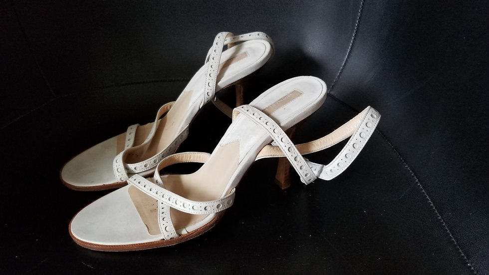 Micheal Kors Strappy off white sz 7 1/2  heels