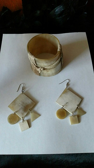 1980's Hand honed bangle/earring set