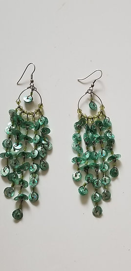 Earrings drop style woth seafoam green beads 1990s vintage