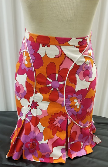Toupy made in France fitted summer skirt in a  colorful 70s Floral designs
