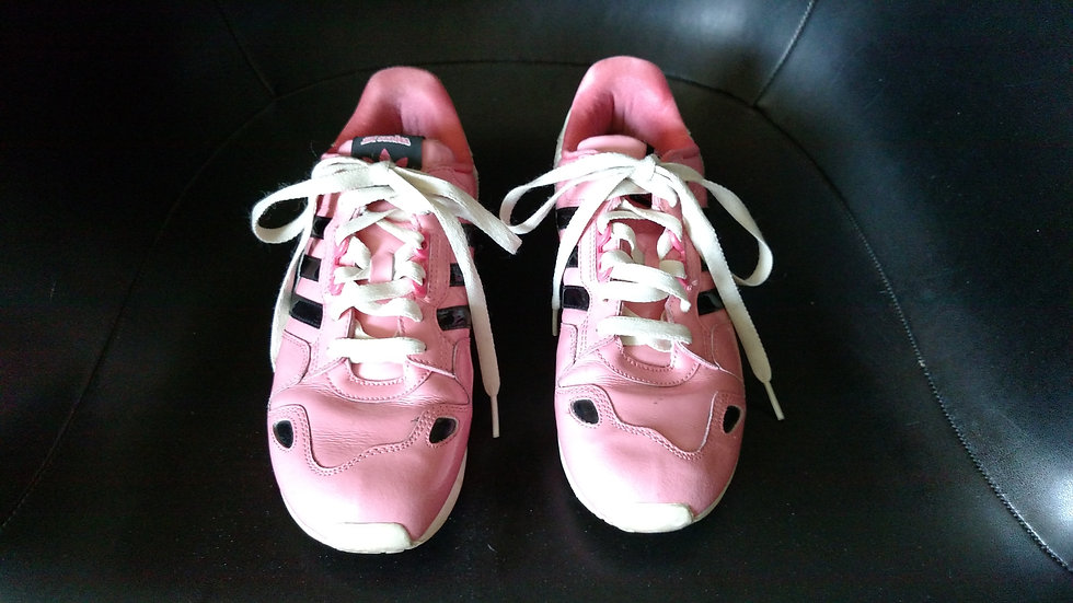 Addidas sneakers soft pink patent leather size 5