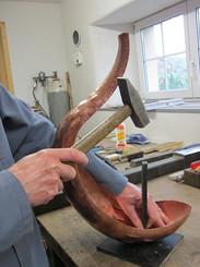 Fabrication du coq en cuivre de St-Aubin NE