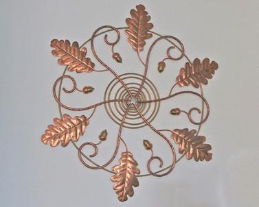 Mandala en cuivre, laiton et inox. 60 cm.