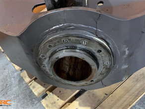 Ремонт опоры ротатора колёсного погрузчика VOLVO L180D