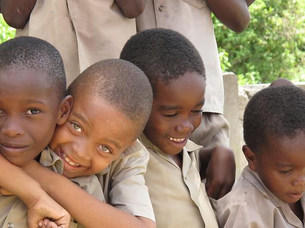 jamaica_boys_children_outside_smiling_happy_cute_portrait-1355744.png