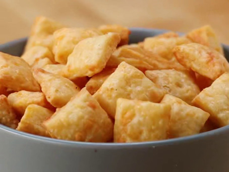 Homemade Cheese Crackers