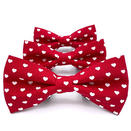 Red and White Hearts Bow Tie