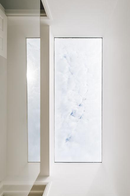 Large frameless flat skylight