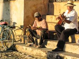 Cuba-street-musicians-Trinidad _Jennifer