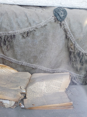 california-Bodie-old-book-ghost-town_©Je