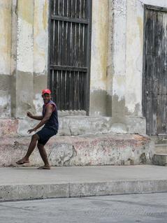 Cuba-baseball-player _JenniferVitanzo-11