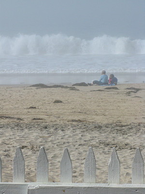 california-kids-on-beach-crystal-cove©Je