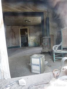 california-Bodie-ghost-town-house-interi