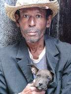 Cuba-old-man-and-his-dog-Havana _Jennife