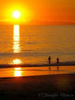 california-sunset-shadows-Crystal-cove-b