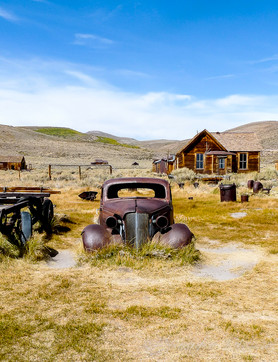 california-bodie-car-ghost-town_©Jennife