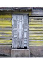 Cuba-yellow-slats-house _JenniferVitanzo