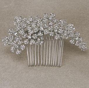 ALELI-PEINETA Silver comb_edited.jpg