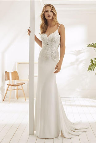 OAKES Wedding dress by White One Bridal