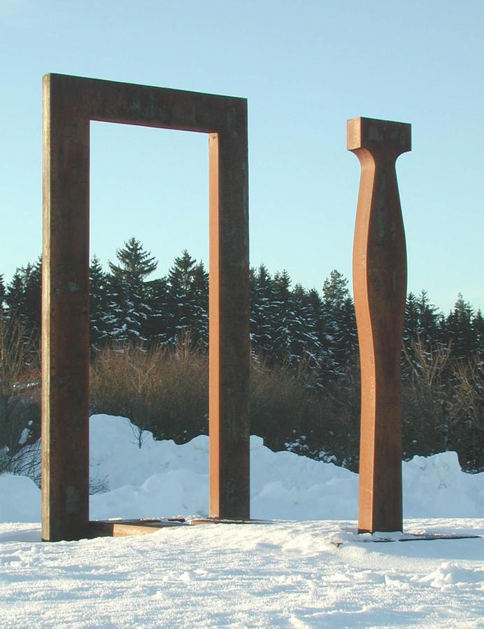 03_Tor, 2000, Stahl, geschnitten und ges