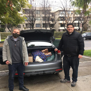 Fitux recolectó más de 1.200 prendas en ayuda a Parroquia de Renca