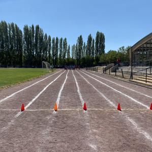 Convenio con Colegio San Isidro nos permitirá entrenar en Pista Atlética.