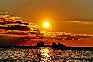 真鶴半島は、ご来光を拝める最適な場所です。