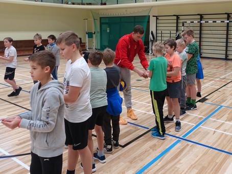 Tasuta võrkpallitreeningud lastele!