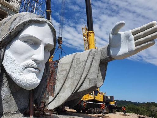 Cidade do RS constrói estátua do Cristo maior que a do Rio