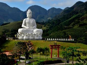 O maior Buda do Ocidente fica em Ibiraçu!