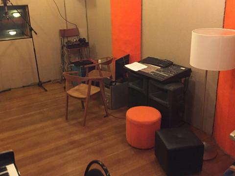 Студия звукозаписи (звукооператорская)