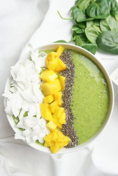 Matcha Green Tea Smoothie Bowl